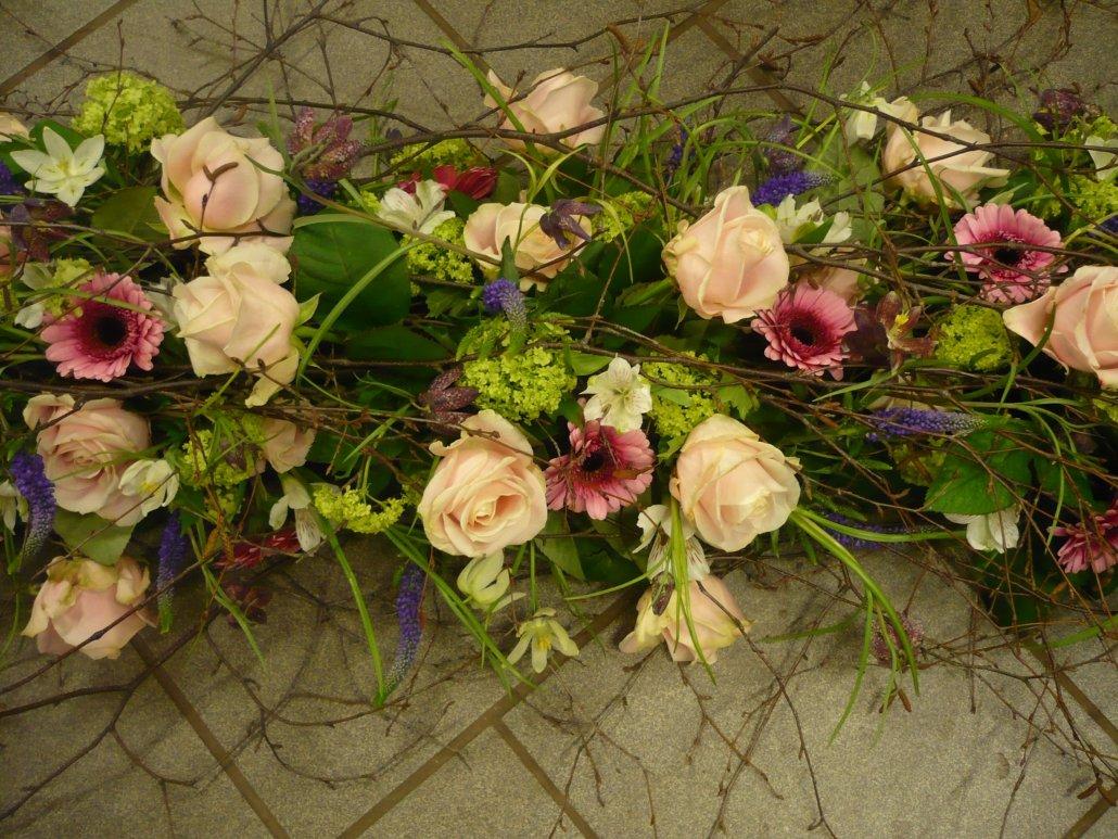 begravning, vårinspirerad kistdekoration